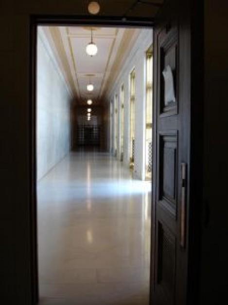 u-s--supreme-court-hallway_2658254